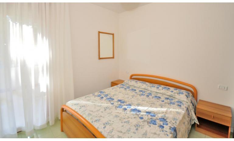 residence SPORTING: C6 - camera matrimoniale (esempio)