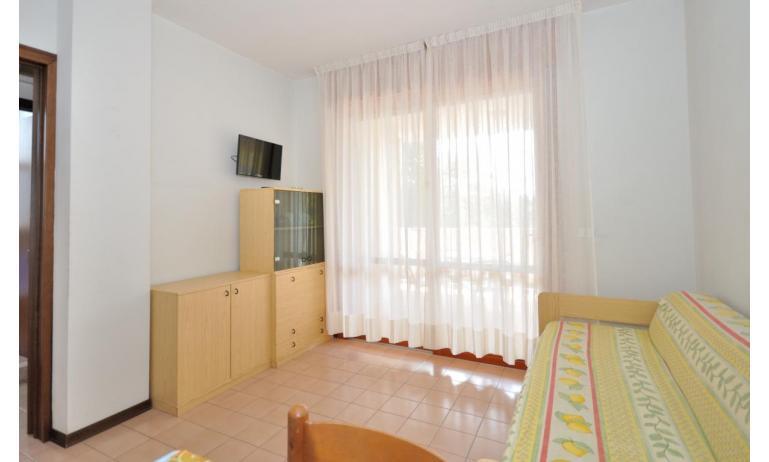 residence SPORTING: C6 - soggiorno (esempio)