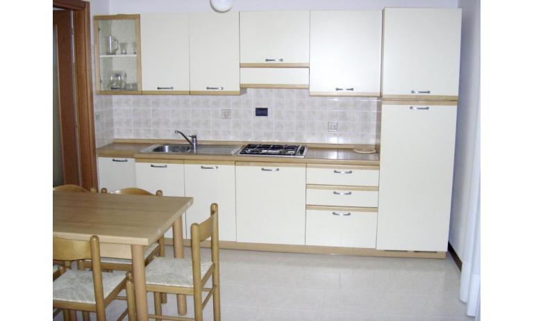 residence LIA: D7 - angolo cottura (esempio)