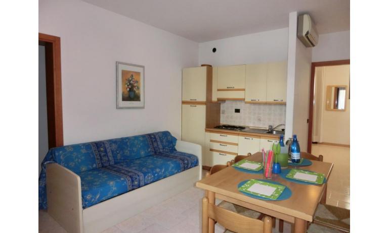 residence LIA: D7 - soggiorno (esempio)