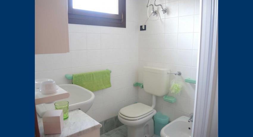 D7 - salle de bain avec cabine de douche (exemple)