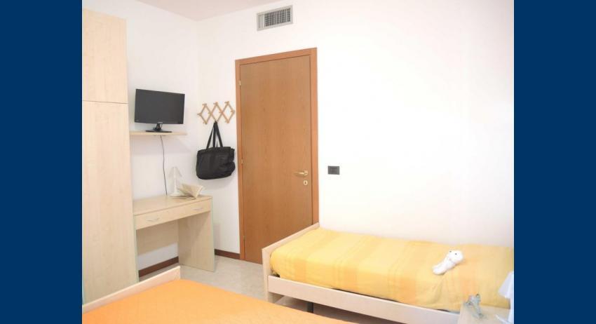 D7 - chambre à 3 lits (exemple)