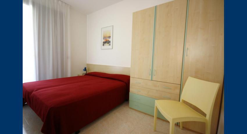 D7 - chambre à coucher double (exemple)
