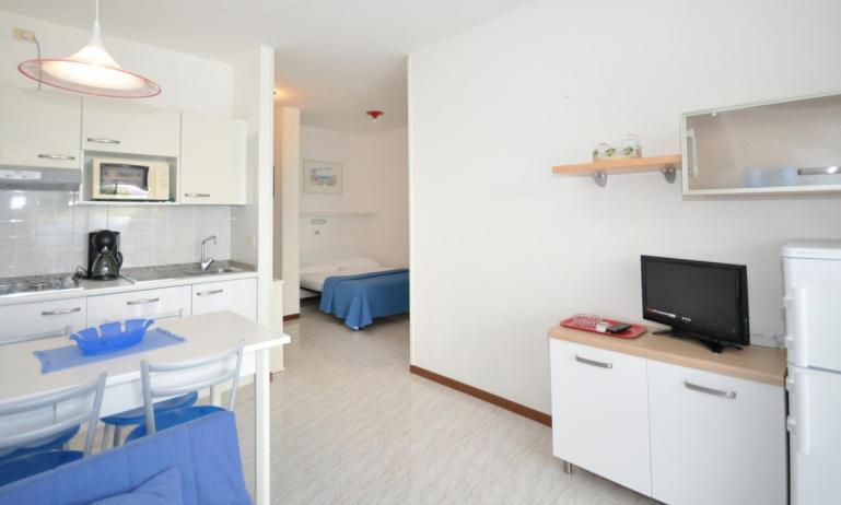 residence LUXOR: A3 - angolo cottura (esempio)