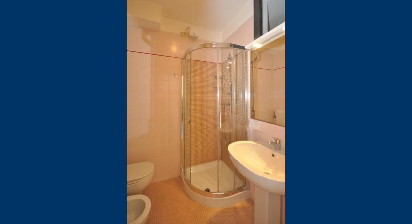 A3 - bathroom with a shower enclosure (example)