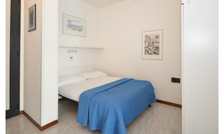residence LUXOR: A3 - nicchia con letto (esempio)
