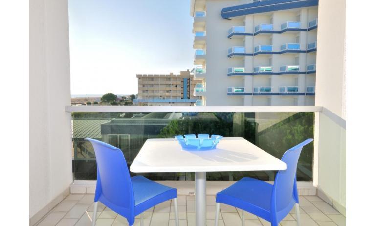 residence LUXOR: A3 - balcone vista mare (esempio)