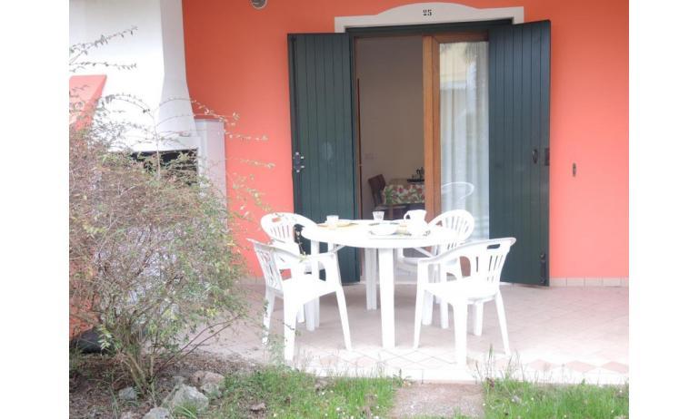 residence LEOPARDI: B5 - veranda (esempio)