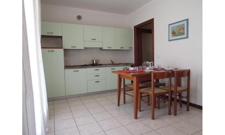residence LEOPARDI: B5 - angolo cottura (esempio)
