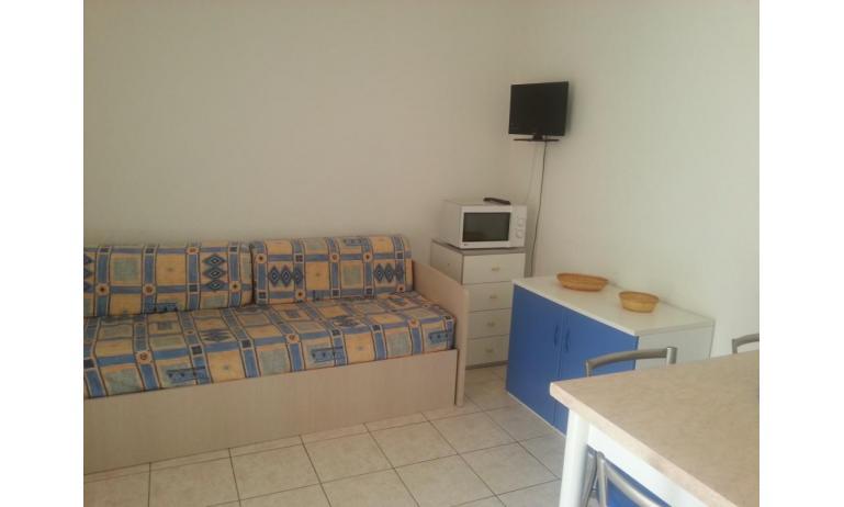 residence LEOPARDI: B5 - divano letto doppio (esempio)