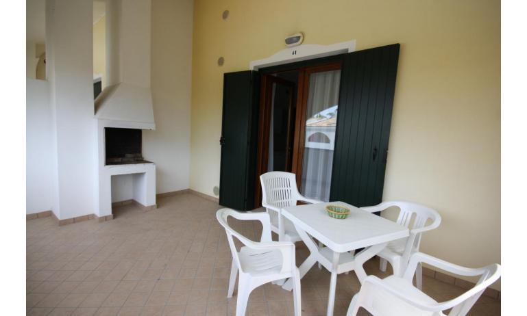 residence LEOPARDI: B5 - terrazzo al primo piano (esempio)