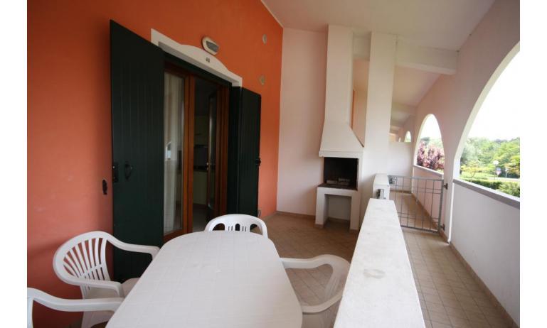 residence LEOPARDI: B5 - balcone (esempio)