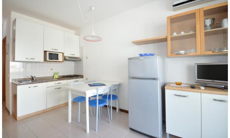 residence LUXOR: B5/S - angolo cottura (esempio)