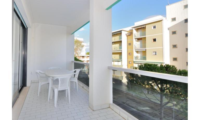 residence LUXOR: C5 - balcone (esempio)