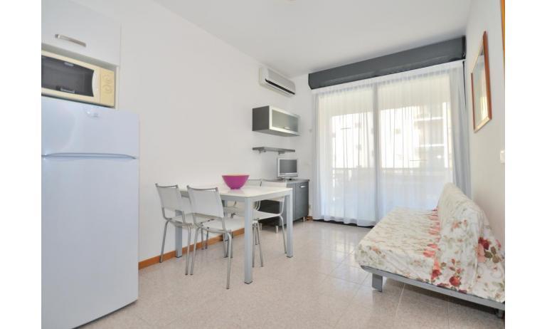 residence LUXOR: C5 - soggiorno (esempio)