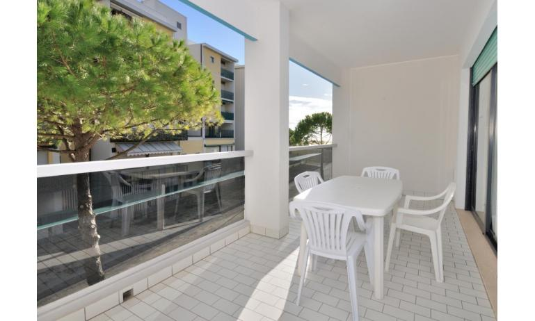 residence LUXOR: C6 - balcone (esempio)