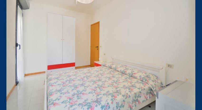 C6 - chambre à coucher double (exemple)
