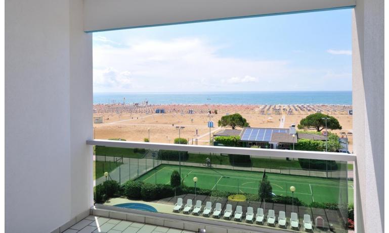 residence LUXOR: C6/F - da balcone vista mare frontale (esempio)