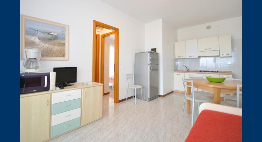 C6/F - living room (example)