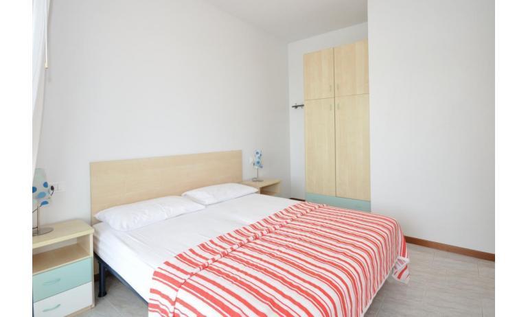 residence LUXOR: C6/F - camera matrimoniale (esempio)