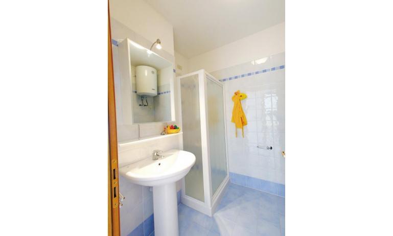 appartamenti MARA: C6/1 - bagno (esempio)