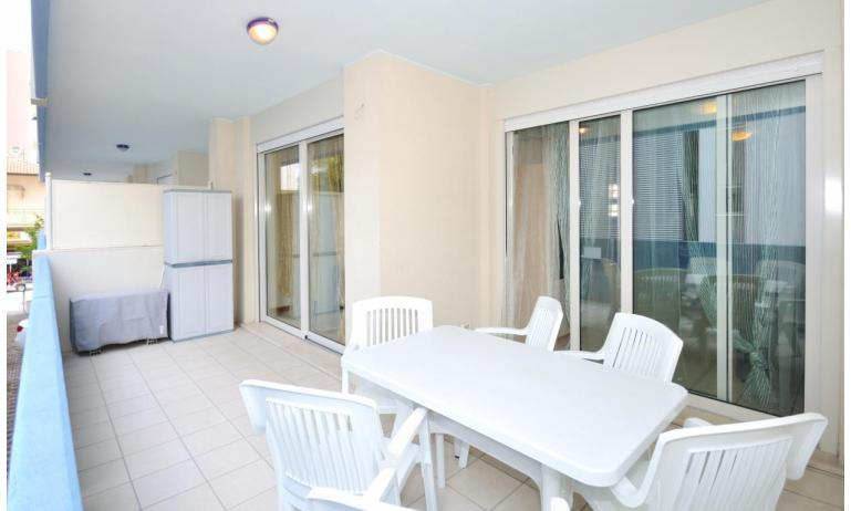 apartmanok MARA: C6 - erkély (példa)