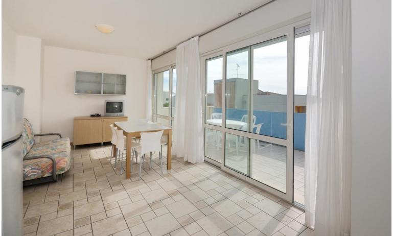appartamenti MARA: C6/A - soggiorno (esempio)