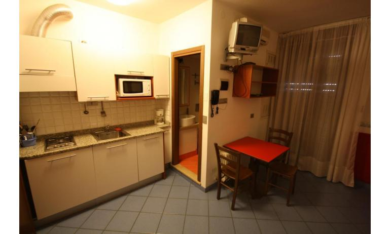 residence KATJA: A3/M - angolo cottura (esempio)