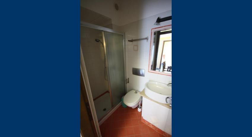 A4/M - bathroom (example)