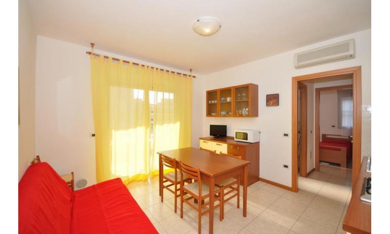 appartamenti MILLENIUM: B5 - soggiorno (esempio)