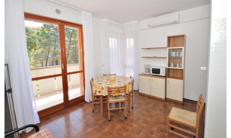appartamenti CAVALLINO: B6 - soggiorno (esempio)