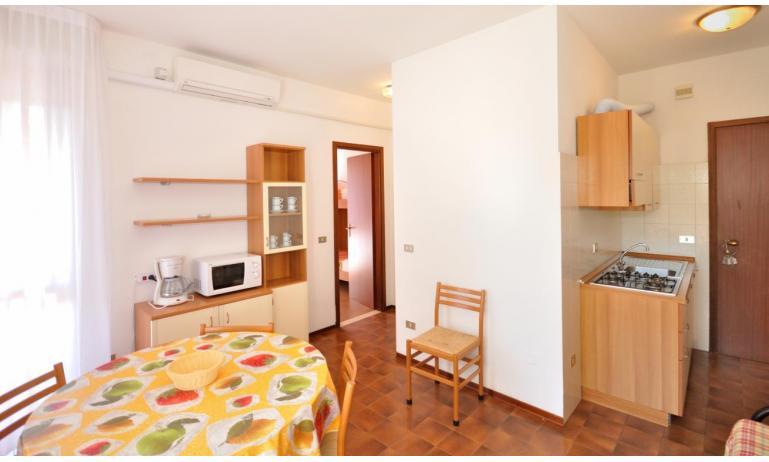 appartamenti CAVALLINO: B6 - angolo cottura (esempio)