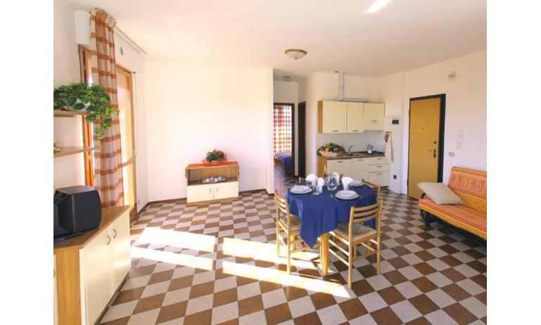 appartamenti CAVALLINO: C6 - soggiorno (esempio)
