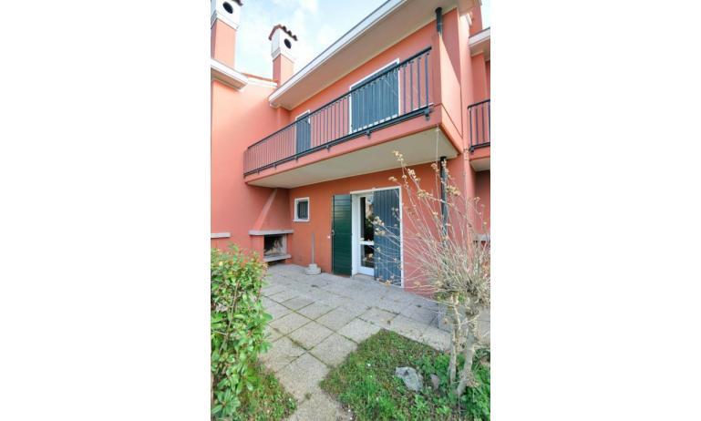 appartamenti VILLAGGIO MICHELANGELO: C6b - esterno villetta (esempio)