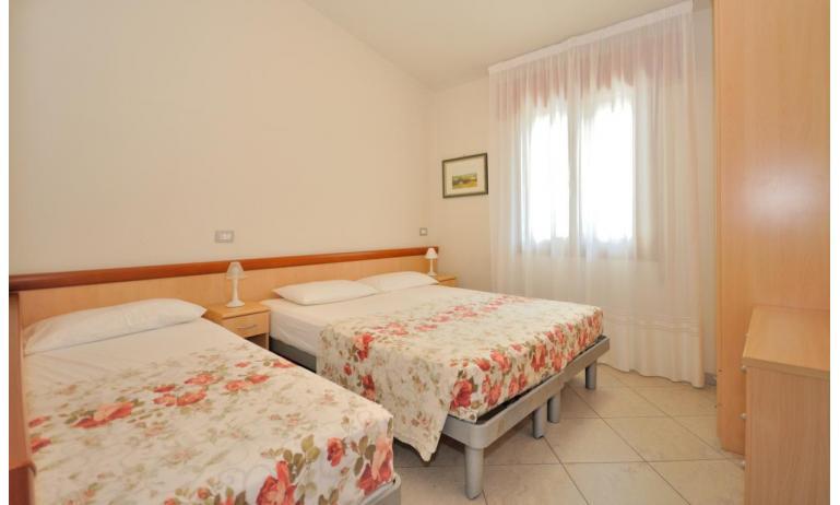 appartamenti DELFINO: C6 - camera tripla (esempio)