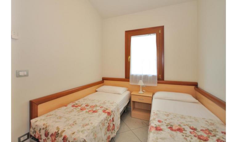 appartamenti DELFINO: C6 - camera doppia (esempio)