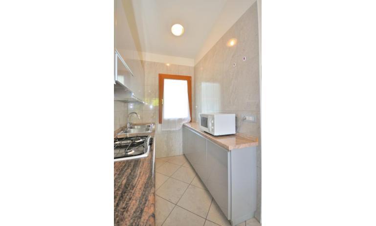 appartamenti DELFINO: C6 - angolo cottura (esempio)