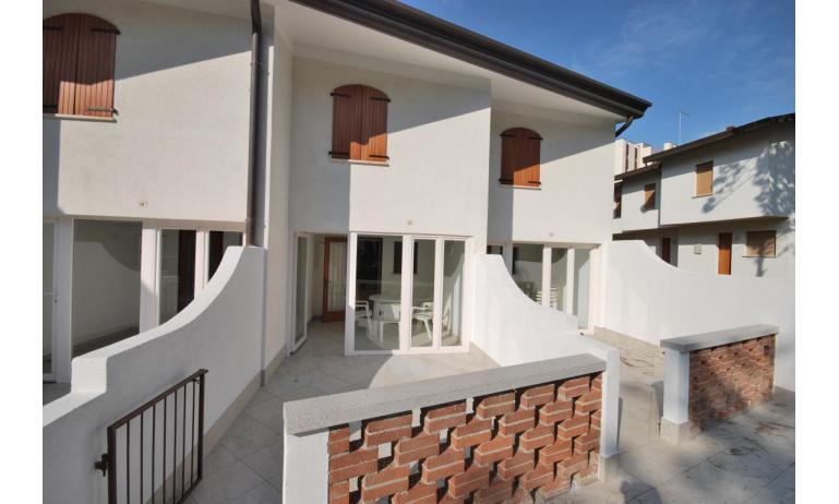 appartamenti DELFINO: C5V - esterno villetta (esempio)