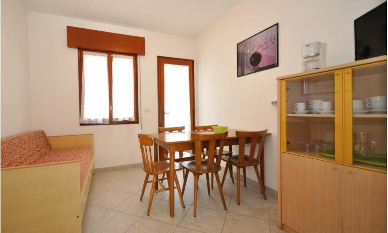appartamenti DELFINO: C5V - soggiorno (esempio)