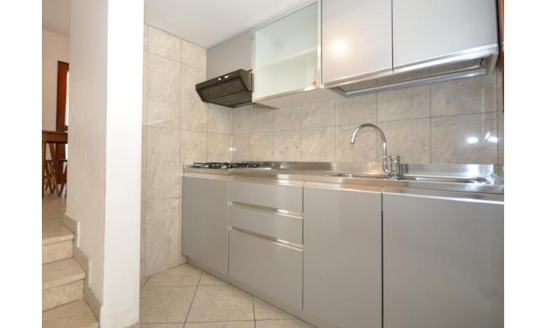 appartamenti DELFINO: C5V - angolo cottura (esempio)