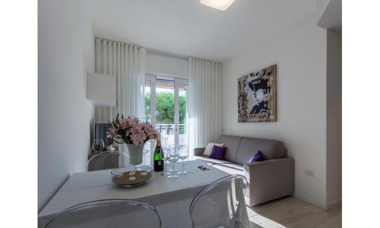 appartamenti RESIDENCE VIVALDI: C6T - soggiorno (esempio)
