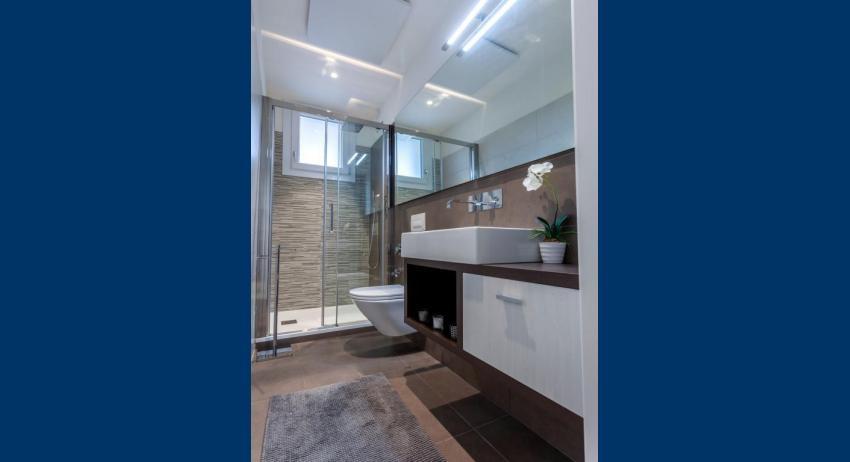 C6T - Badezimmer (Beispiel)