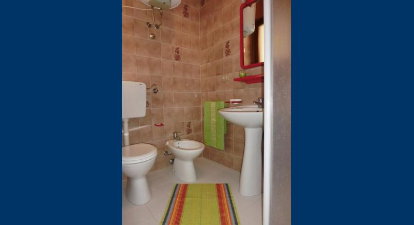 A4* - bathroom (example)