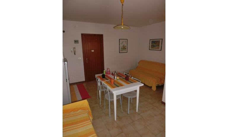 residence ITACA: A4* - divano letto doppio (esempio)
