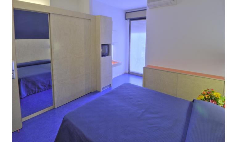 hotel FIRENZE: standard - camera matrimoniale (esempio)