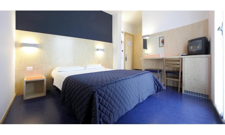 hotel FIRENZE: standard - camera (esempio)