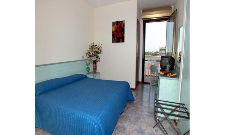 hotel FIRENZE: standard - hálószoba (példa)