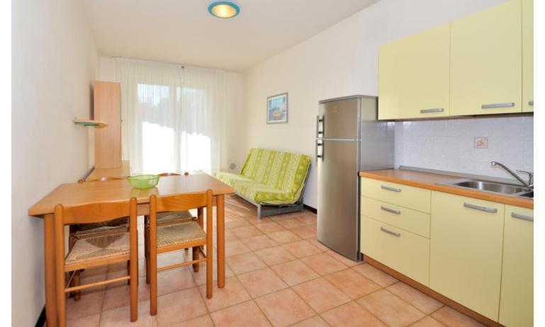 Residence LIDO DEL SOLE 1: B5 - Kochnische (Beispiel)
