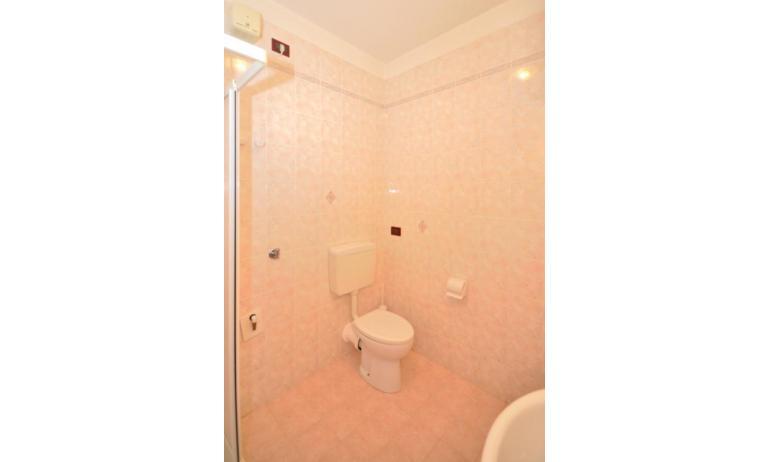 Residence LIDO DEL SOLE 1: B5 - Badezimmer (Beispiel)
