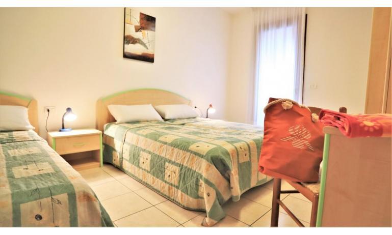 residence LEOPARDI-GEMINI: B5/2 - bedroom (example)